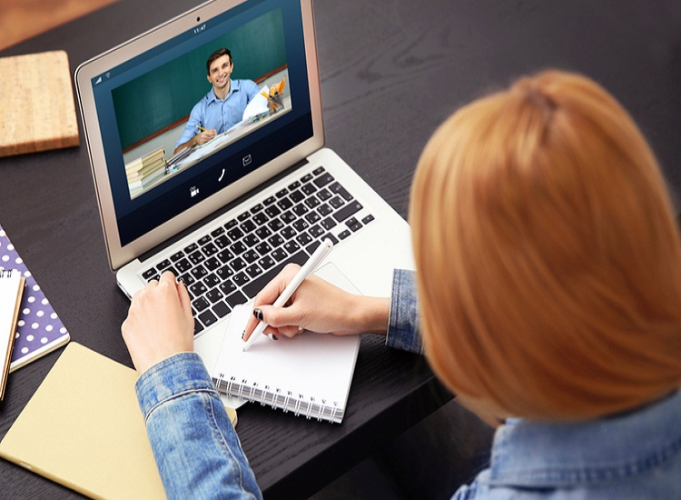 The Study Your Child With Online University and Get Reward